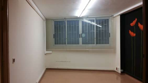 Fotos de Bcn.170m2 alquilo loft.estudio.oficina-cocina baño.entresuelocomercial 6