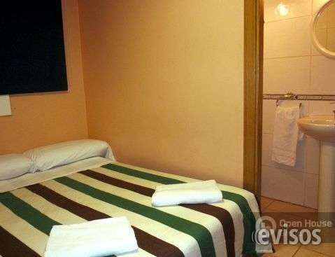 Fotos de Se alquilan habitaciones en hostal tranquilo y economico 2