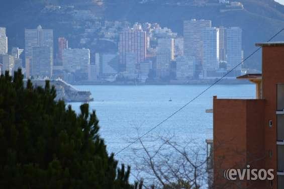Preciosa vivienda con vistas al mar y bonita urbanizacion