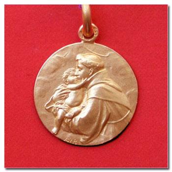 Medalla san antonio en oro y en plata.