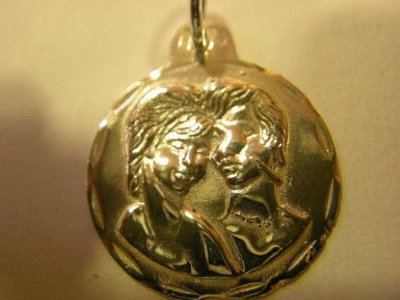 Medallas del amor en oro o en plata