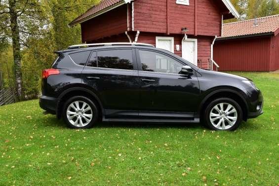 Toyota rav4 2013 se vende