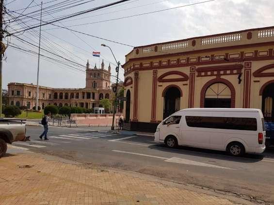 Vendo residencia al lado del palacio de gobierno en asunción