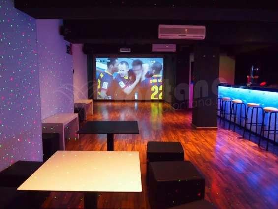 Locales para fiestas privadas en barcelona 698400811
