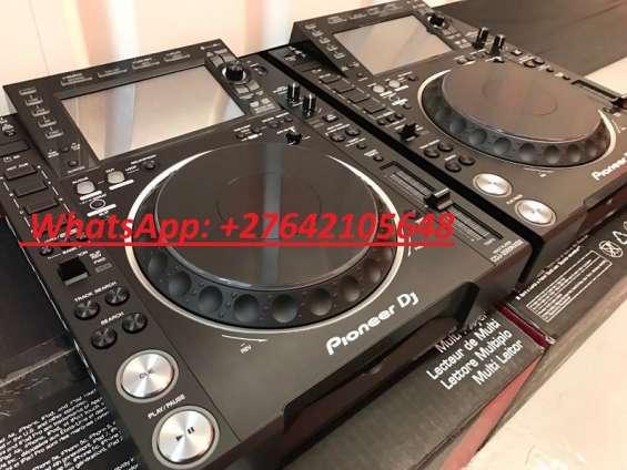 2x pioneer cdj-2000nxs2 + 1x djm-900nxs2 mixer por 2500 eur