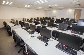 Centro de formación alquila aulas de grandes dimensiones para formación y seminarios (100
