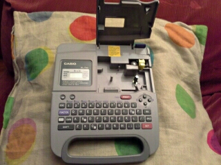 4faa7ccd6376 Etiquetadora electrónica casio kl-750 en A Coruña - Otros Artículos ...