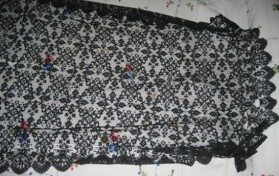 Toquilla antigua de seda natural