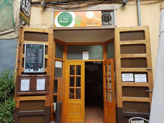 Se traspasa restaurante en centro de valencia por jubilación