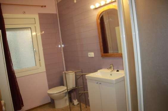 Fotos de Alquiler de habitación individual con baño privado sólo a chica - barcelona 6
