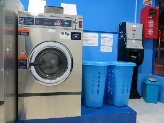 Una lavadora pequeña carga max. 10kg