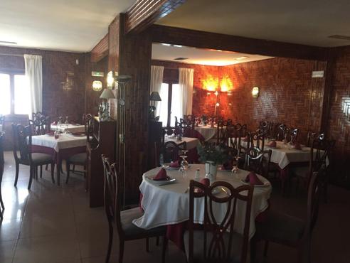 Traspaso bar restaurante 250m² con terraza en zona humera