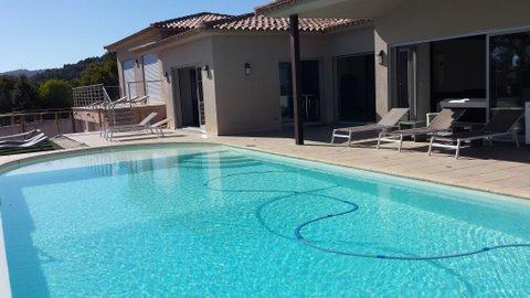 Villa de alquiler toda comodidad y piscina para sus vacaciones en francia