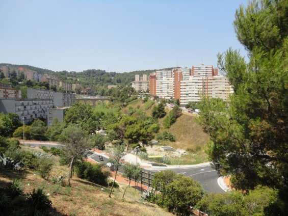 Fotos de Piso magnifico con parking incluido en ciutat meridiana 7