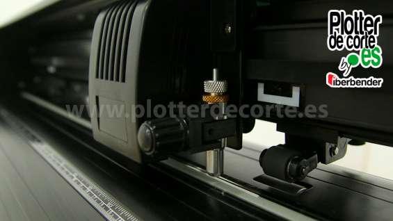 Fotos de Refine cc720 plotter de corte con laser de posicionamiento lapos corte de contor 9