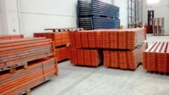 Estanlux.- compra material industrial