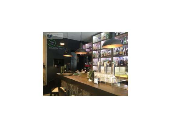 Traspaso bar – restaurante de 210m2 en zona la latina
