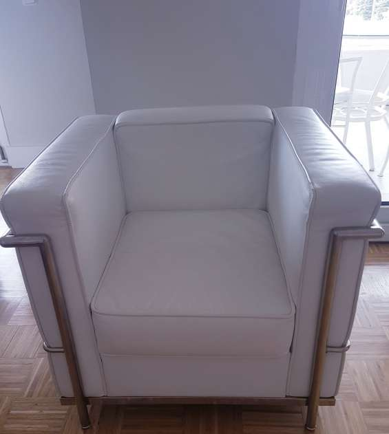 Vendo réplica del sillón lc2 le corbusier (blanco) - 2 sillones