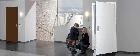 Oferta en puertas de entrada a vivienda de acero desde 899€