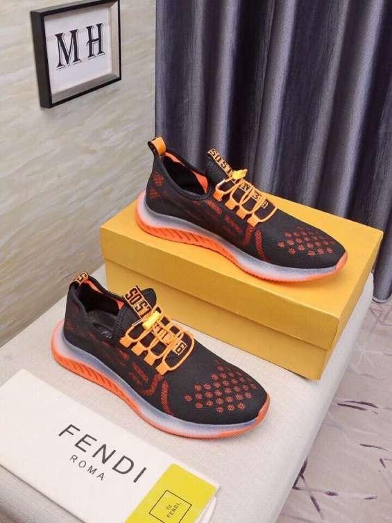 Fotos de Fendi zapatos nuevo  zapatos deportivos recreativos para hombres fendi , 5