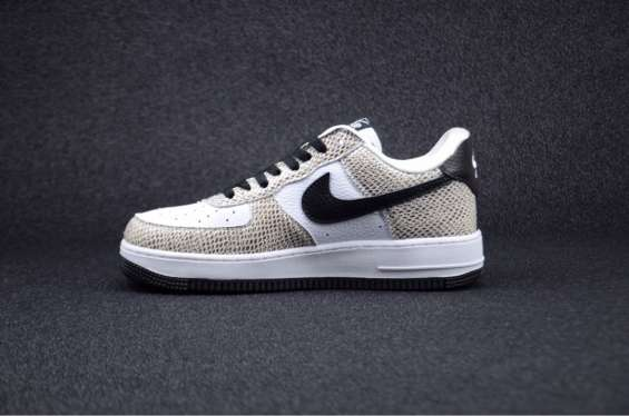 "Fotos de Nike air force 1 low premium""cocoa snake"" 2"