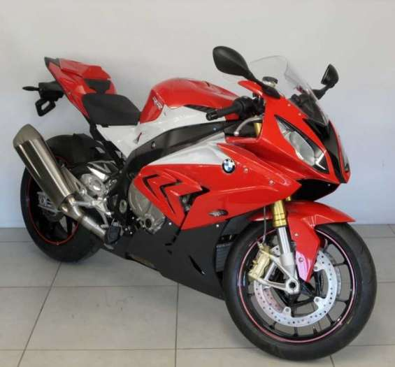 Selling 2016 bmw s1000rr