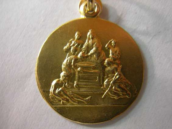 Medalla santa isabel de hungria