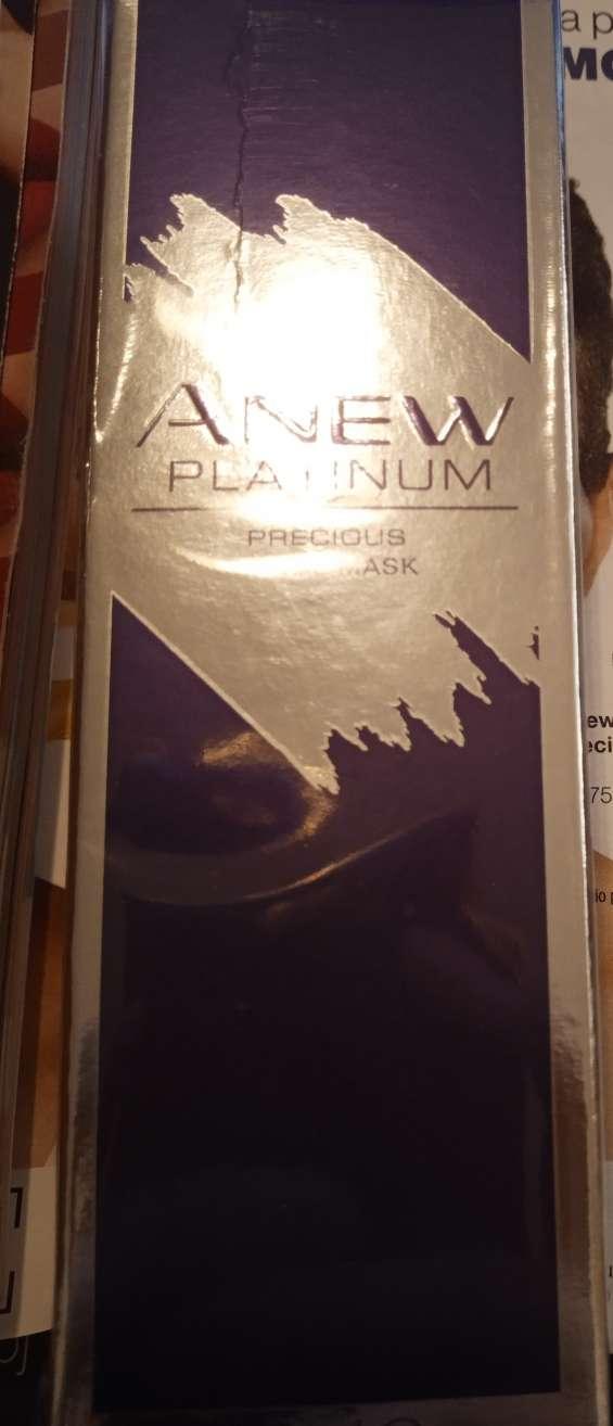 Mascarilla precious metal anew platinum