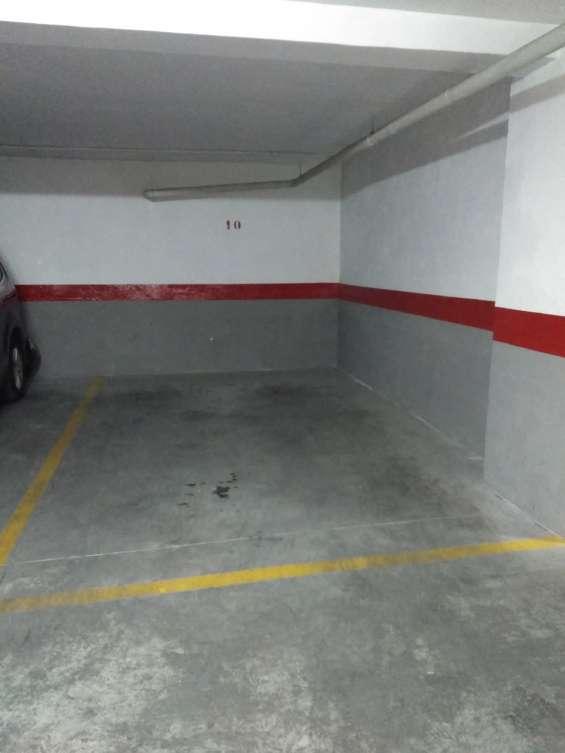 Se alquila plaza de parking