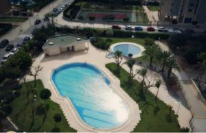 Ocasion vivienda con piscina y garaje y amueblada y vistas al mar y reformada