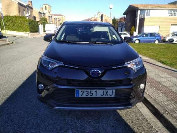 Toyota rav 4 2.5 hybrid del 2017