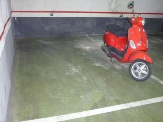 Se alquila plaza de parking grande. fácil acceso. diagonal/padilla barcelona barcelona 120€ email: nurikos@yahoo.es