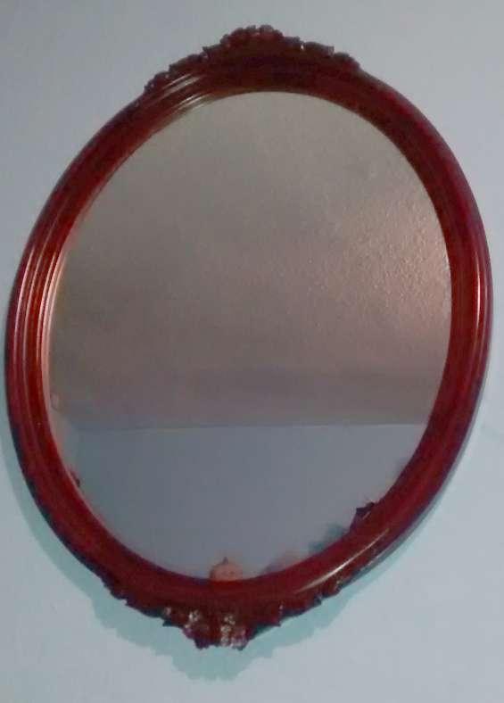 Espejo ovalado